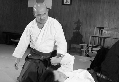 The Secret of HAKKORYU JUJUTSU [Chapter 1 To raise your hand as if to scratch your itchy ear]