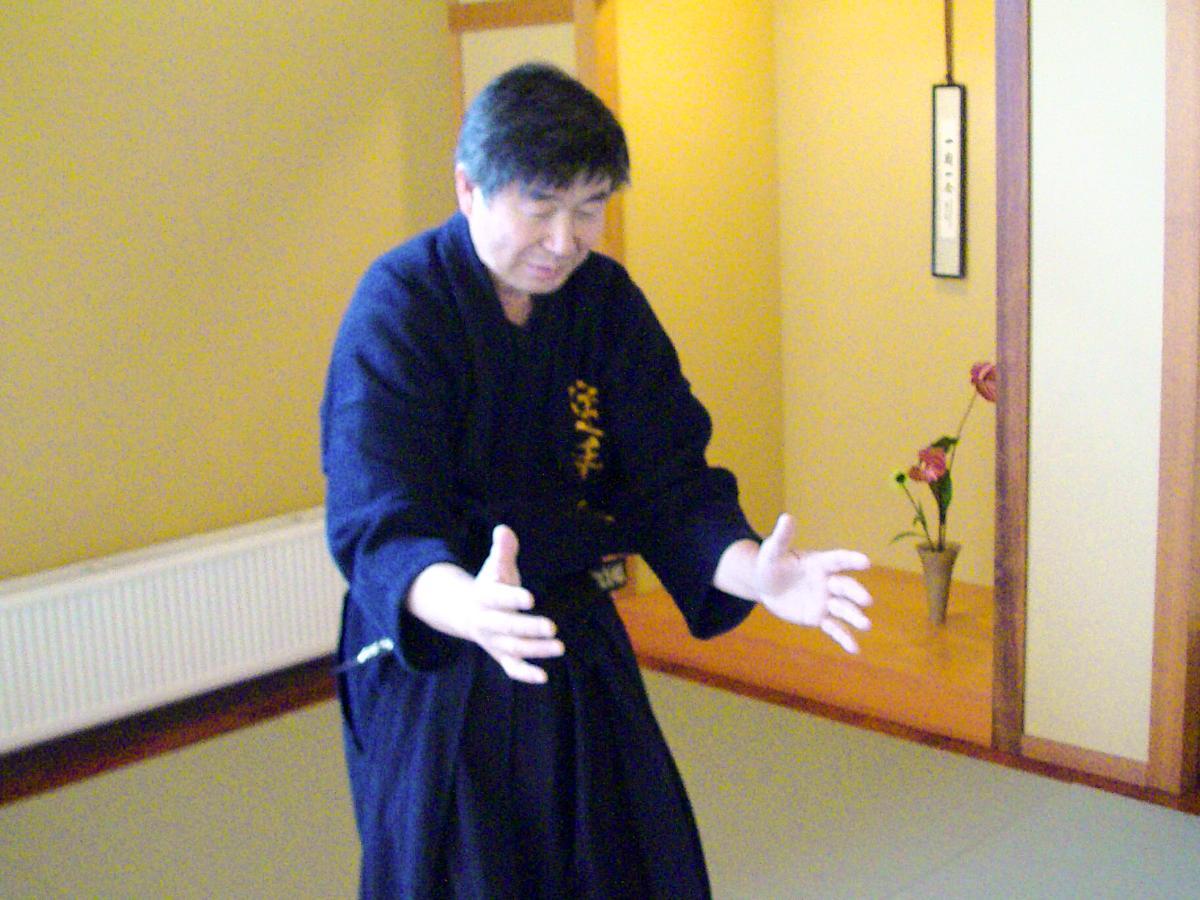 Series of Jujutsu's KUDEN (口伝)】No5 Ryote Tori Kote Fudo